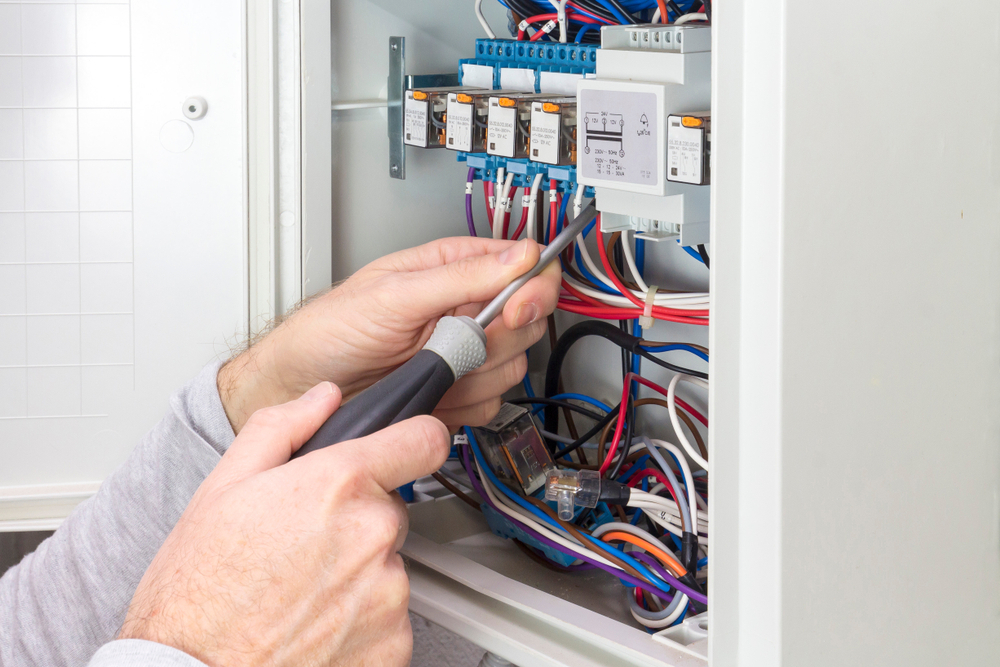 How to Tell If It Is Time For An Electrical Panel Upgrade